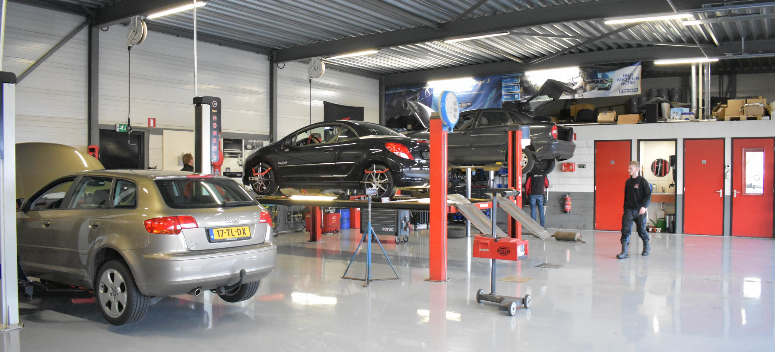 APK Zwolle auto's
